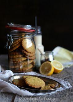 Cytrynowe ciasteczka na nasionami chia