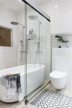 Loft-asunnon ihana kotikylpylä;  Lattiaan laatoista matto?