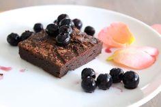 Flourless Chocolate Brownies – 4 Ingredients (gluten-free, sugar-free, dairy-free) – Liezl Jayne