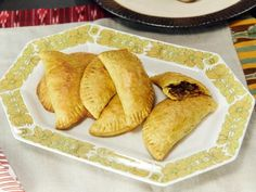 Get /etc/sni-asset/cook/people/person-id/a7/d3/a7d3468abc1767bc990b9e171b6ddd75's Jamaican Beef Patties Recipe from Cooking Channel