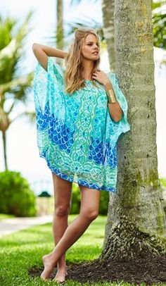 The Lilly Pulitzer Lindamarie Silk Caftan in Scale Back Engineered print.