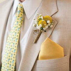 The Mens boutonniere (billy balls, and babys breath) Babys Breath Boutonniere, Yellow Boutonniere, Boutonnieres, Groomsmen Boutonniere, Fall Wedding Flowers, Wedding Colors, Wedding Bouquets, Flower Bouquets, Wedding Centerpieces
