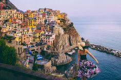 Fivequaint, colourful towns perched on the rugged cliffs of north-westItalian coastline- Cinque Terre is a place you've got to experience in your lifetime. As I sit here writing this, I&#82…