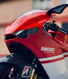 Mv Agusta, Ducati Desmosedici Rr, Moto Car, Motorcycle Style, Bullets, Custom Bikes, Cars Motorcycles, Wicked, Instagram