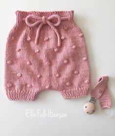 Bloomers Sent To A Little Baby Girl Had Just A Rest shorts # knit # knitting . # bloomers sent bis a little babygirl just had a rest # bloomers sent to a little babygirl just had a Bloomers Sent To A Little Baby Girl Just Had A Diy Crafts Knitting, Easy Knitting, Knitting Projects, Little Baby Girl, Baby Boy, Crochet Baby Bloomers, Knitted Baby Clothes, Cardigan, Baby Sweaters