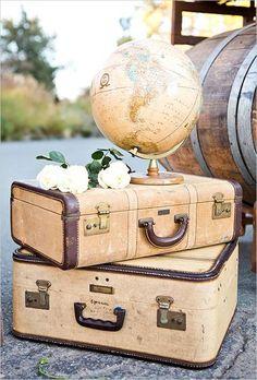 40 Ways To Use Vintage Suitcases In Your Wedding Decor | HappyWedd.com
