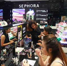 Instead of relying on YouTube to teach you everything about makeup, sign up for a free class at a Sephora near you.