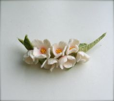Felted brooch White flowers Flowers  Brooch  Felted  by jurooma