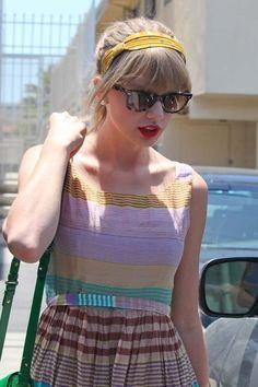 Celebrity Street Style Taylor Swift 30