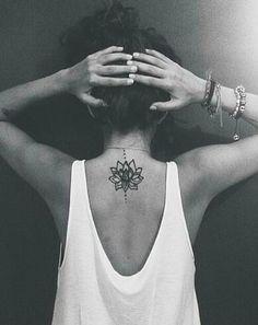44 Meilleures Images Du Tableau Tatouage Fleur De Lotus Lotus