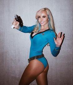 And You Thought Star Trek Was Just For Nerds! 32 Of The Hottest Trekkie Cosplay Girls Cute Cosplay, Cosplay Outfits, Best Cosplay, Cosplay Girls, Sexy Outfits, Female Cosplay, Star Trek Cosplay, Star Trek Original, Star Trek Kostüm