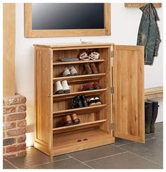 Mobel Oak Large Shoe Storage Unit - a generously sized space saver for any home. This shoe storage cabinet stores up to 18 pairs of shoes. Shoe Rack Furniture, Hall Furniture, Large Furniture, Wooden Furniture, Shoe Cupboard, Cupboard Storage, Rack Design, Shelf Design, Hallway Storage