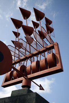 Wind sculpture by César Manrique, roundabout of LZ-1 and LZ-10, Arrieta, Haría, Lanzarote.