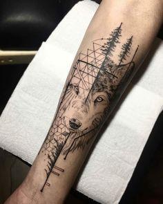 Ideas Tattoo Small Geometric Animal tattoo designs ideas männer männer ideen old school quotes sketches Wolf Tattoo Back, Small Wolf Tattoo, Wolf Tattoo Sleeve, Wolf Tattoos, Nature Tattoos, Animal Tattoos, Forearm Tattoos, Body Art Tattoos, Sleeve Tattoos
