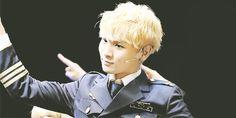 SHINee | Key (gif) so cute!