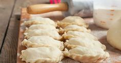 Homemade Polish Pierogi-- My college roommate turned me on to these. I love them and always wanted to make some homemade. Cant wait to try! Empanadas, Polish Pierogi, Pierogi Recipe, Polish Recipes, Polish Food, Pasta, Just In Case, Food To Make, Cooking Recipes