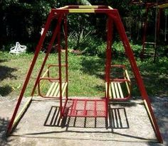 Kids outdoor multi person swing. I want one of these!
