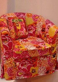 Free sewing pattern: loose chair cover\ It looks just like my Tulsta chairs from Ikea!