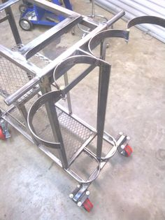 Promising emphasized awesome metal welding projects site here Welding Table Diy, Welding Cart, Welding Jobs, Metal Welding, Welding Ideas, Metal Tools, Shielded Metal Arc Welding, Types Of Welding, Welding Classes