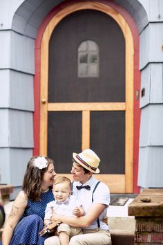 Emily + Denise's old timey engagement session:: #gay #lesbian #love #lesbianengagment  #family #lgbt #marriageequality
