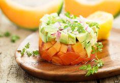 Tartare di salmone, melone e avocado
