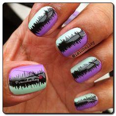 Love this nail design! use my purple sally hansen tripleshine nailpolish