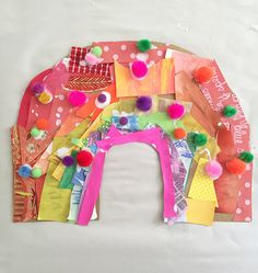 Kids make rainbows from cardboard and collage material.What exactly Are the Most effective Presents for Boys a Kids Crafts, Spring Crafts For Kids, Cute Crafts, Toddler Crafts, Projects For Kids, Arts And Crafts, Diy With Kids, Art For Kids, Art Party
