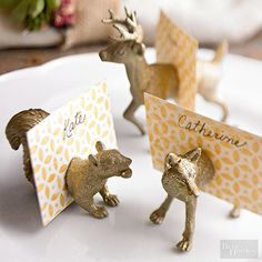 Projects Plastic toy animals made striking place card holders with just a few easy updates. Go to the next slide to see how it's done. Plastic Animal Crafts, Plastic Animals, Name Card Holder, Place Card Holders Diy, Diy Place Cards, Painting Plastic, Plastic Card, Plastic Plastic, Festa Party