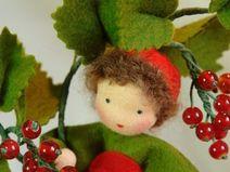 Johannisbeere-Früchtekind -Jahreszeitentisch