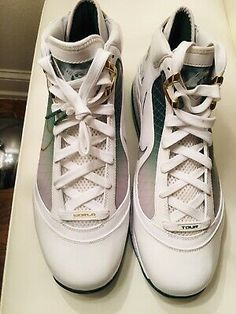Nike Lebron James 7 Vll NYC More Than A Game. Nike Lebron, Nike Basketball, Lebron James, Nike Men, Nike Air Max, Men's Shoes, Nyc, Game, Sneakers