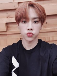 currently my ult bias is sunwoo😍👀 Changmin The Boyz, Kim Sun, Chang Min, Never Fall In Love, Prince Eric, Youngjae, Jaehyun, Photo Cards, Boy Groups