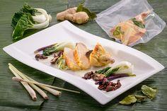 Sous-vide gegarte Poulardenbrust in Kokos-Zitronengras-Sauce mit Pak Choi und Soja-Shiitake