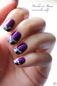 Double petites violettes (One Stroke) - Nature Nails Nail Art by Tenshi no Hana