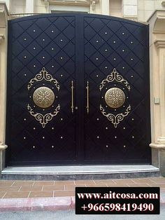 House Main Gates Design, Front Gate Design, Steel Gate Design, Door Gate Design, House Front Design, Metal Gate Designs, Iron Main Gate Design, Metal Gates, Wrought Iron Gates