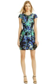 Make way for floral prints this spring. Rent this dress and others at @Rent the Runway, inside The Cosmopolitan. #P2Shops
