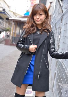 Cute Japanese Girl, Cute Asian Girls, Duster Coat, Raincoat, Model, Jackets, Chinese, Fashion, Beautiful Women