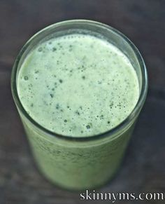 Bananas, Coconut Milk, and Spinach come together for this delicious Coconut Milk Smoothie!