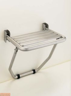 shower seat - rests on edge of bath Disabled Bathroom, Handicap Bathroom, Small Bathroom, Elderly Products, Bathroom Layout Plans, Bathroom Gadgets, Kitchen Rules, Restroom Design, Shower Seat