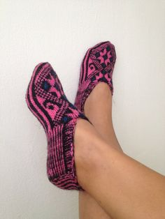 pink and black  Otantic slippers special knitting by NesrinArt, $24.99