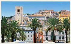 Lisbon, Portugal   http://lisboa.blogs.sapo.pt/arquivo/alfama.jpg