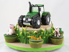 "Képtalálat a következőre: ""fondant tractor tutorial cake for you"" Tractor Birthday Cakes, 3rd Birthday Cakes, Candy Cakes, Cupcake Cakes, Deer Cakes, Realistic Cakes, Farm Cake, Novelty Cakes, Cakes For Boys"