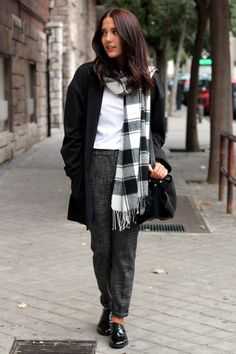 #streetstyle #tartan #plaid #zara #fashion #brogues