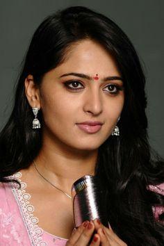 Anushka Shetty in Damarukam Movie | Veethi