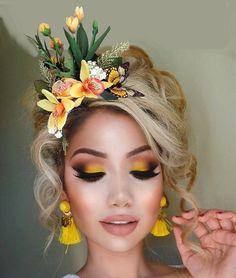 Full Makeup, Makeup 101, Eye Makeup, Hair Makeup, Kylie Lipstick, Flower Makeup, Flower Crown Headband, Halloween Makeup Looks, Face Art