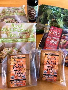 Trader Joe's products you'll need: 2 packages riced cauliflower stir fry (or vegetable fried rice) 1 bag frozen organic broccoli 1 bag fire-roasted bell Trader Joes Vegetarian, Trader Joes Food, Vegetarian Dinners, Trader Joe's, Veggie Meals, Vegetable Fried Rice, Fried Vegetables, Cauliflower Stir Fry, Raw Sweet Potato