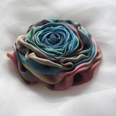 Růže duhová