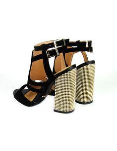 Sandália de couro com salto cravejado de cristais. Cristófoli verão 2015