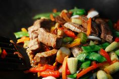 Simple and delicious, our beef stir fry recipe is a hit. Read how to make a simple beef stir fry and enjoy a healthy meal tonight. Large Family Meals, Easy Family Dinners, Easy Weeknight Dinners, Best Stir Fry Recipe, Stir Fry Recipes, Healthy Recipes, Easy Beef Stir Fry, Dinner On A Budget, Dinner Ideas