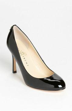 Best work shoes ever! I love Ivanka Trump shoes. Ivanka Trump 'Janie' Pump available at Ivanka Trump Pumps, Best Work Shoes, Gorgeous Heels, Wrap Heels, Round Toe Pumps, Pretty Shoes, Fashion Heels, Shoe Boots, Short Hills
