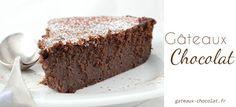 Chocolate Chestnut Cake (looks good if you can find creme de marron. Thermomix Desserts, Köstliche Desserts, Delicious Desserts, Yummy Food, Melting Chocolate, Chocolate Cake, Elegante Desserts, Xmas Pudding, Mousse Au Chocolat Torte
